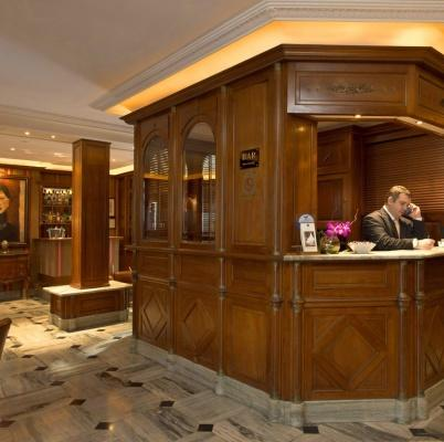 BEST WESTERN PREMIER Hôtel Trocadéro la Tour – Recepción
